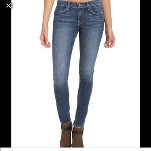 WILDFOX    Marianne medium wash skinny jeans 25